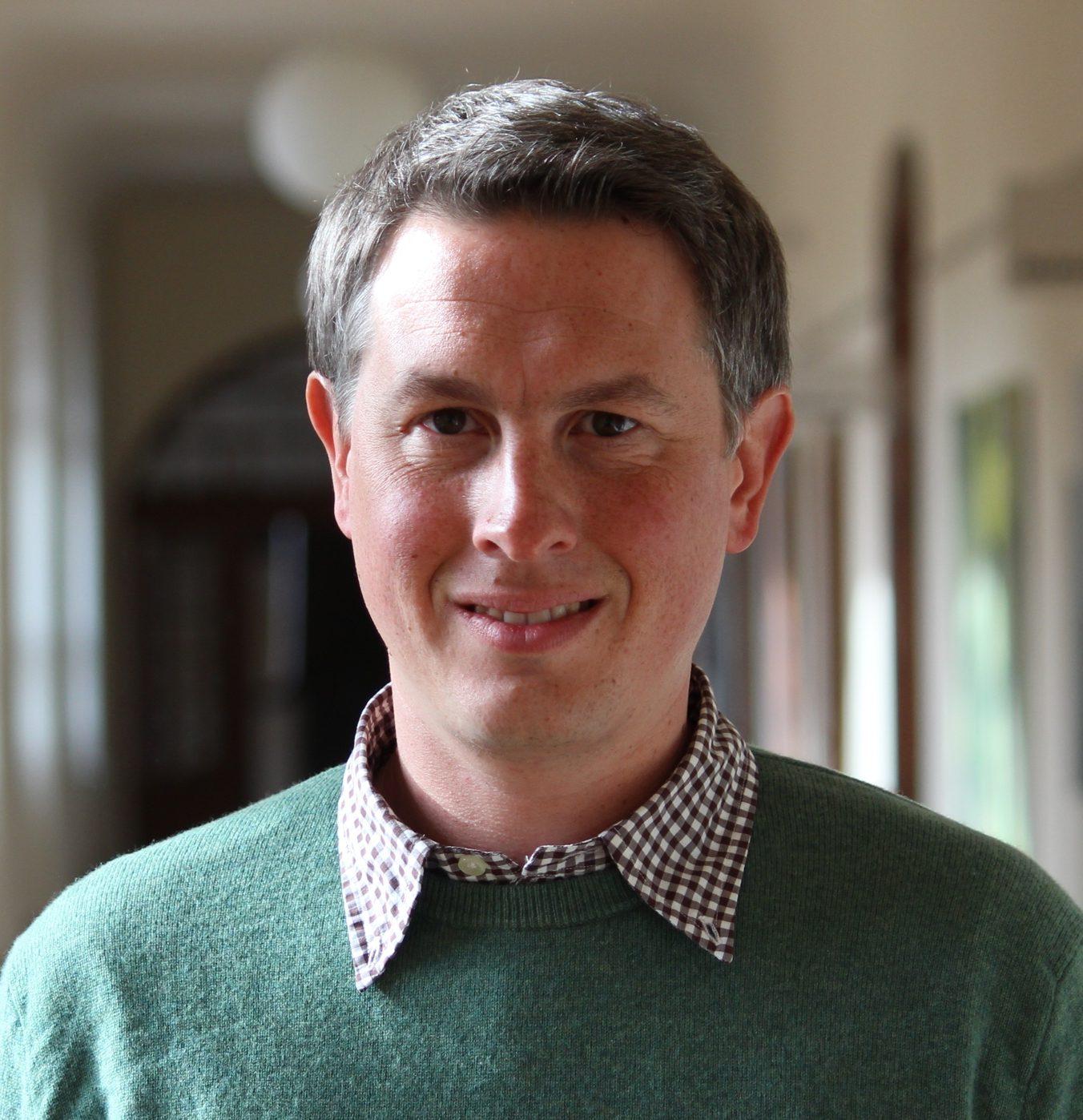 Dr. Mario Resch